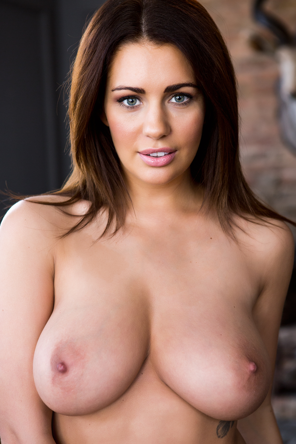 Holly Peers-20170320-04 By Sam Riley